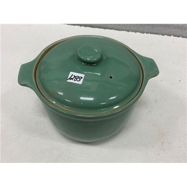 Crock pot & lid 5.75 pint Denby Stoneware England