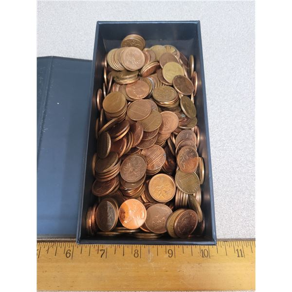 Box Of 1 Cent Canadian And American Mixed