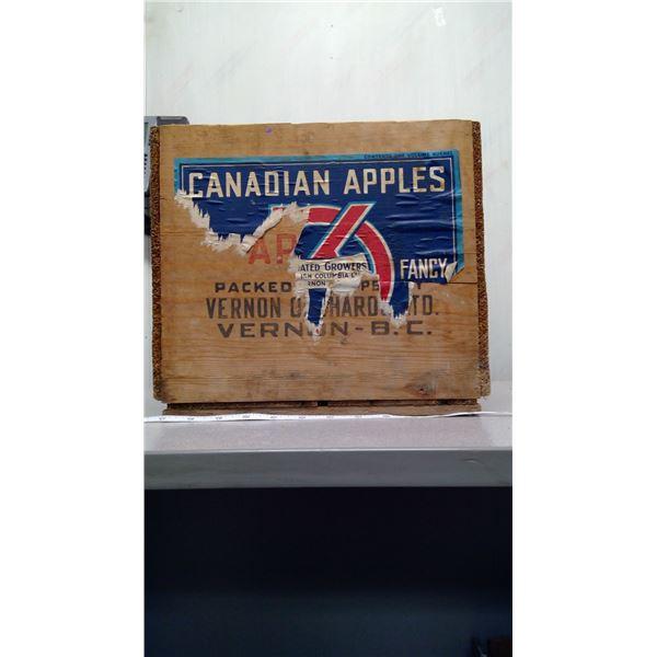 wodden apple box