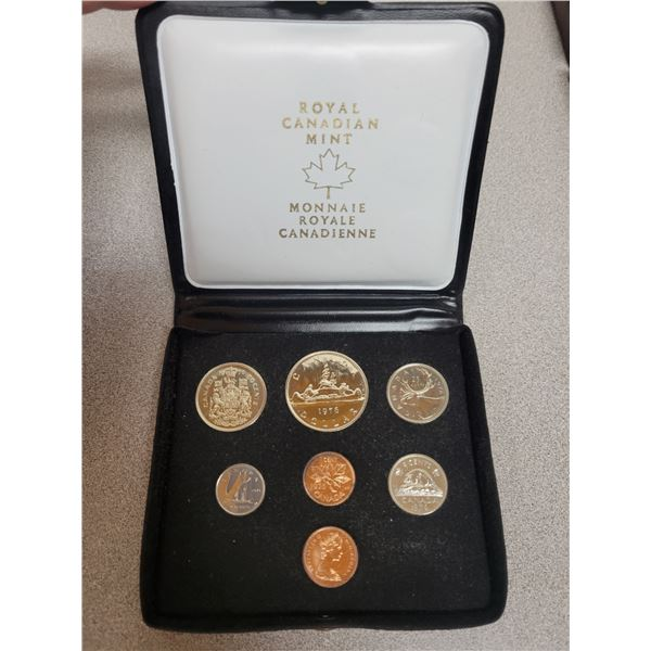 1976 double penny coin set - Canadian