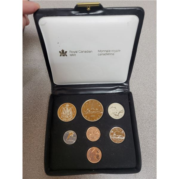1980 double penny coin set - Canadian