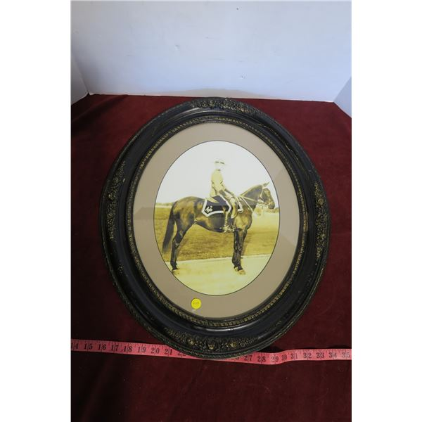 Vintage oval frame 23x20