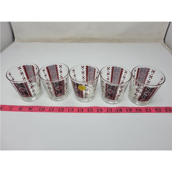 Set of 5 sturdy Ukrainian design glass, excellent condition