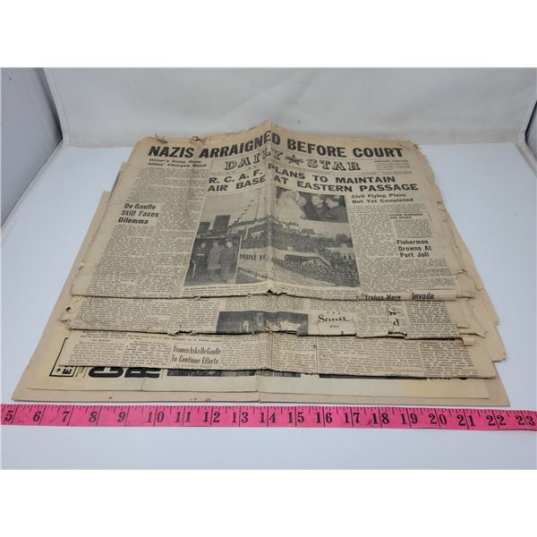 5 fragile old newspapers on end of WW2, 1945