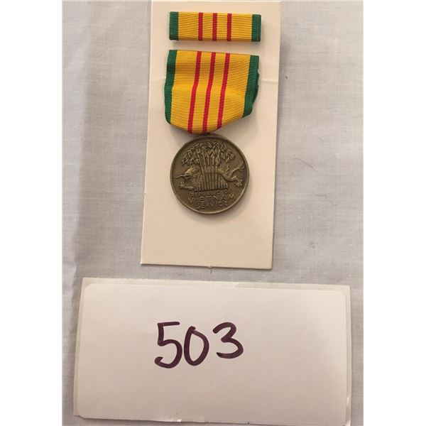 503 - US Military Vietnam service medal set (1970s Era) With Box
