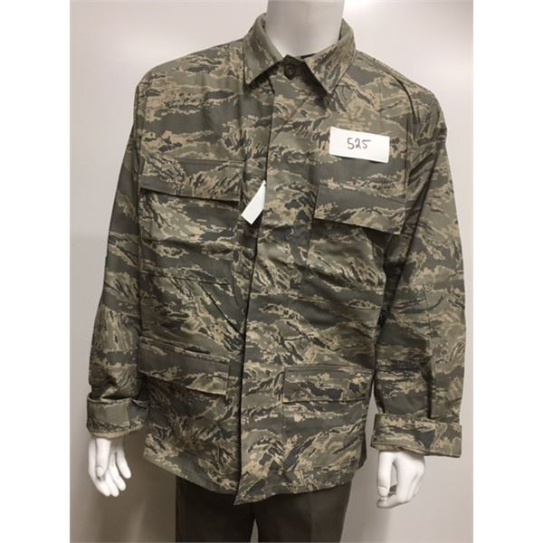 525- Unissued US Airforce Jacket ABU Camo, Size 44 Chest