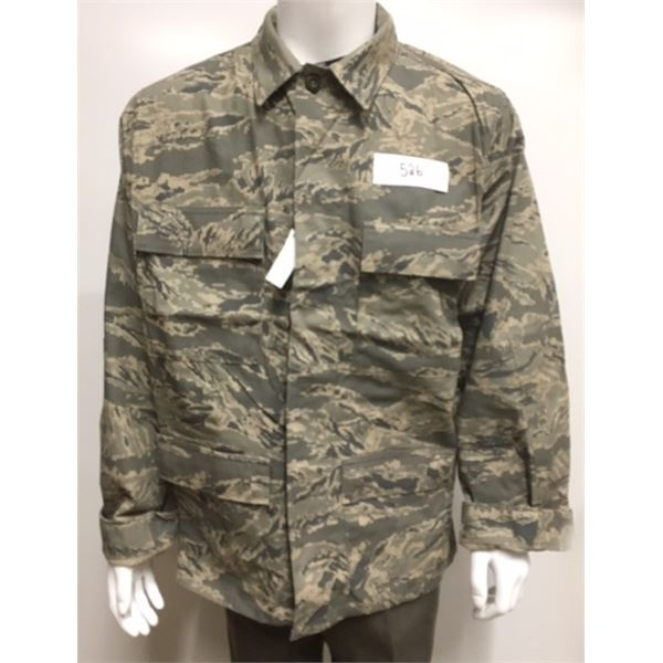 526- Unissued US Airforce Jacket ABU Camo, Size 44 Chest