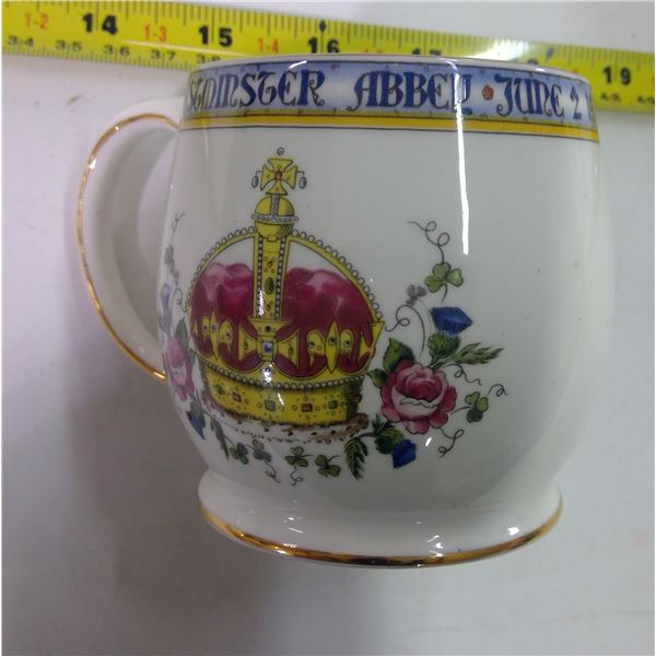 Mug - China - Aynsley - Westminster Abbey