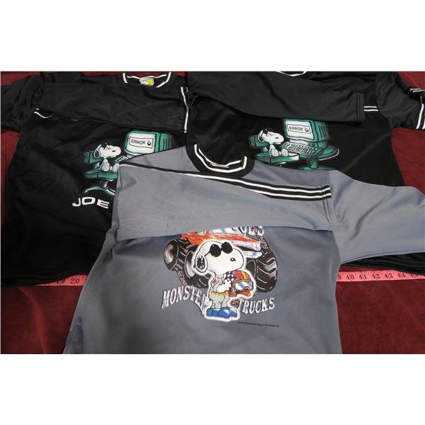 Lot 3 Joe Cool Snoopy Sweaters Sizes: XL x2 (Black), Grey: Unknown
