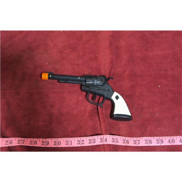 Cap pistol