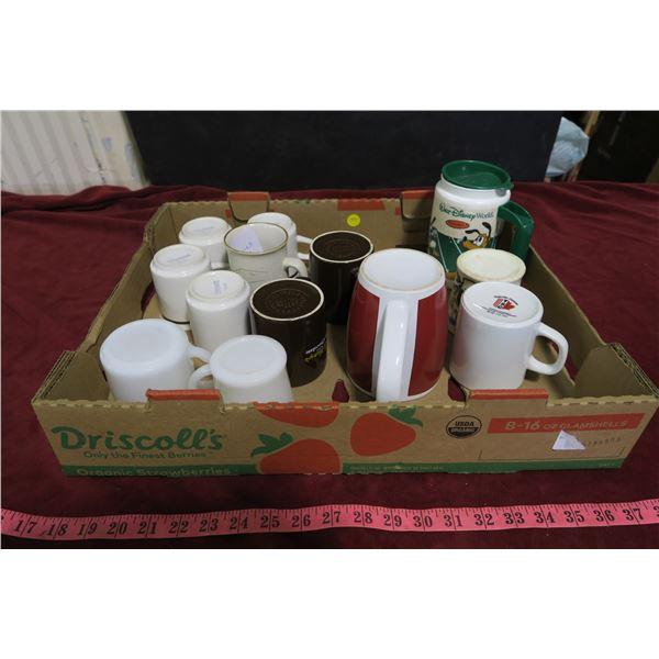 Lot misc. mugs, some vintage