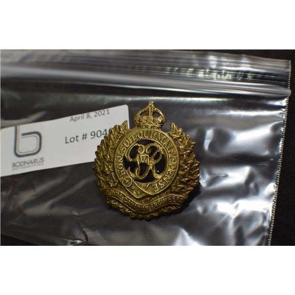 CANADIAN MILITARY CAP BADGE ----  ROYAL CANADIAN ENGINEEERS