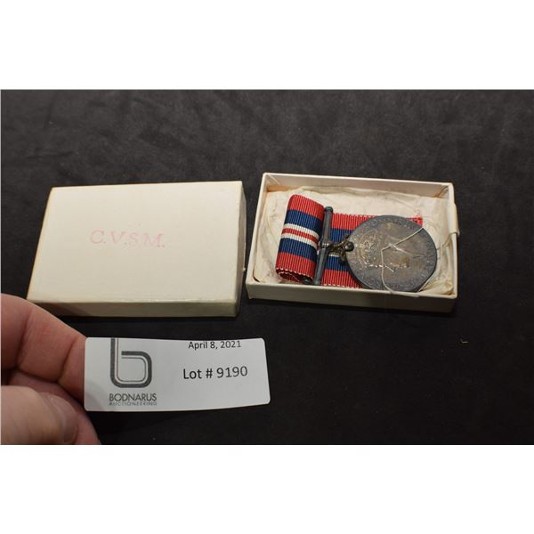 WWII WAR MEDAL & BOX