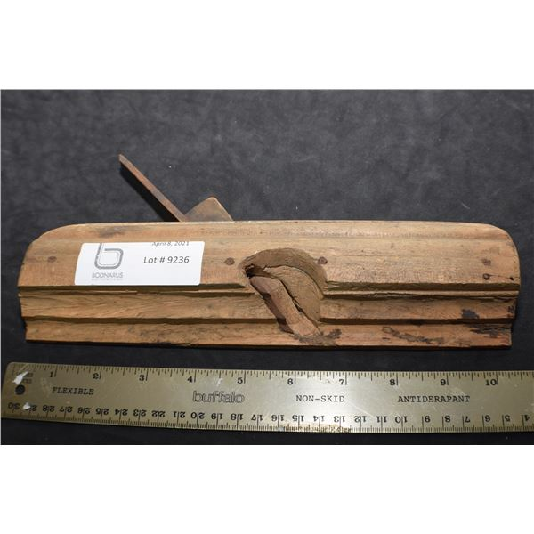 OAK MOLDING     WOODPLANE CARPENTRY TOOL