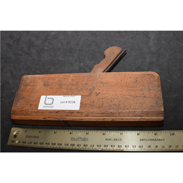 MAPLE MOLDING     WOODPLANE CARPENTRY TOOL