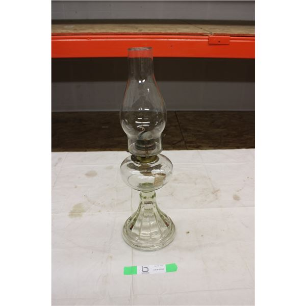 Coal Oil Lamp with Chimney
