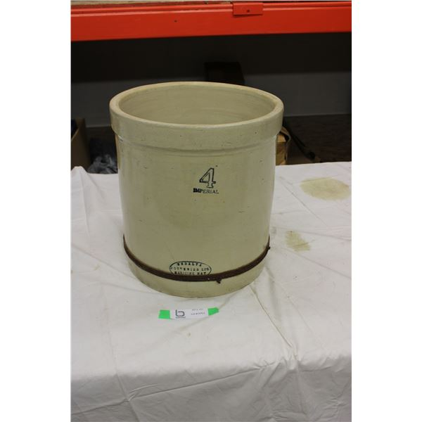 Medalta Medicine Hat 4 Gallon Crock (Hairline Cracks Inside)