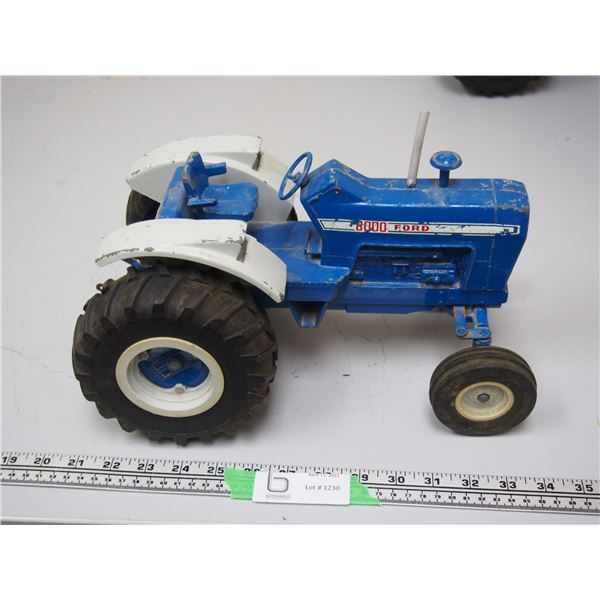 """Ertl Ford 8000 Tractor with 3pt hitch (12 3/4"""" long)"""