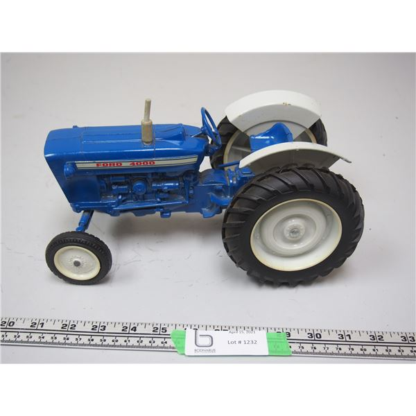 Ertl Ford 4000 Tractor
