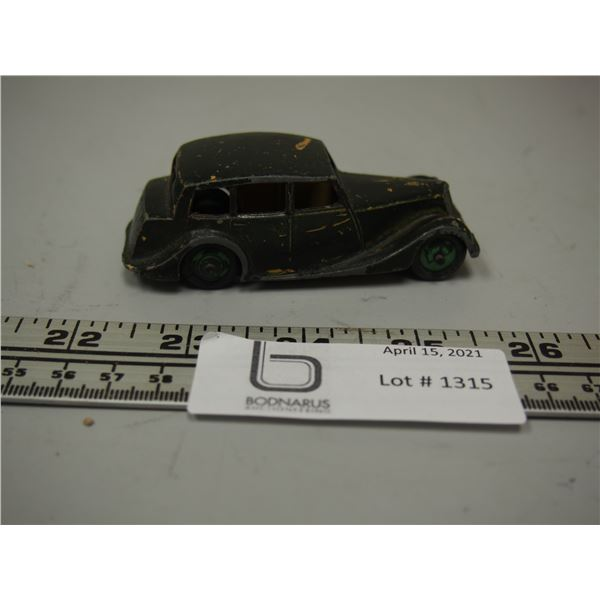 "Dinky Toy Triumph Car (3.5"" long)"