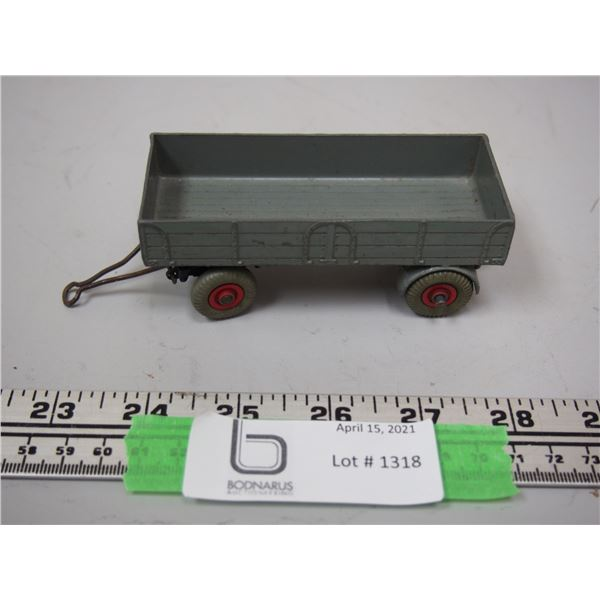 """Dinky Toy Wagon (4 1/4"""" long)"""