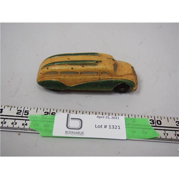 """(Rare 1930's?) The Sun Rubber Co. Rubber Bus (4 1/4"""" long)"""