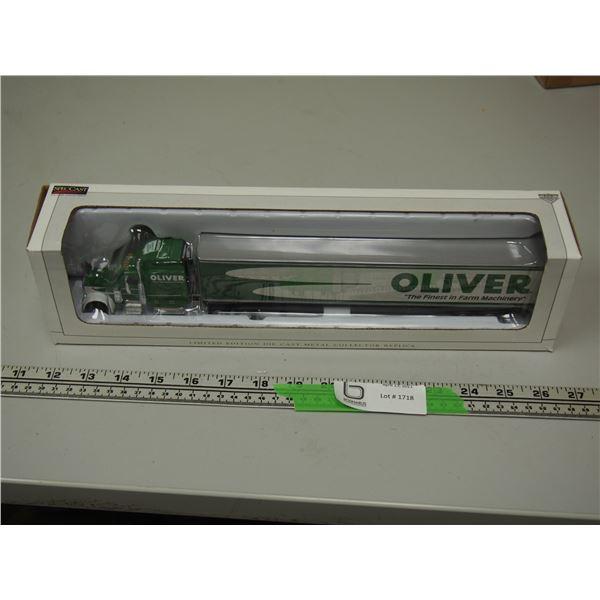 "SpecCast Oliver Peterbilt 379 Limited Edition Die Cast NIB (13"" long) 2006"