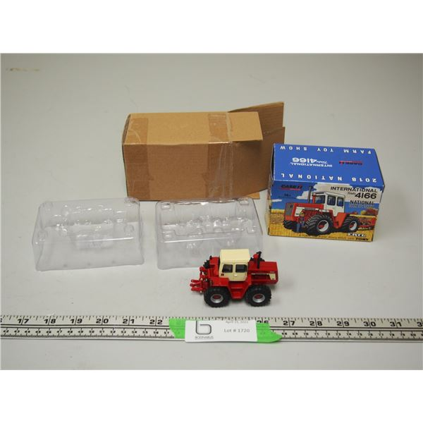 Ertl International Turbo 4166 National Farm Toy Show Tractor 1/64 Scale in Box