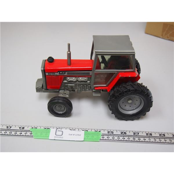 """Ertl Massey Ferguson Tractor 2775 With Cab 1/16 Scale 9.5"""" long"""