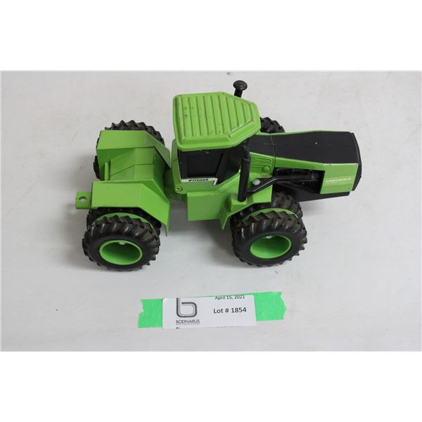Steiger 1/32 Scale Model CP-1400 4WD Toy Tractor