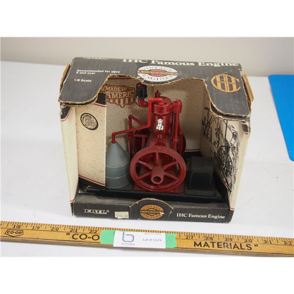 Ertl IHC Famous Engine 1/8 Scale In Box