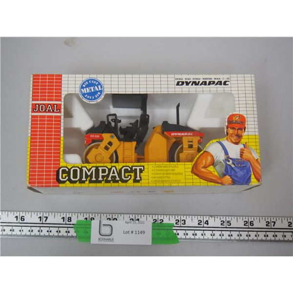 Joal Compact Dynapac 1/25 Scale (NIB)