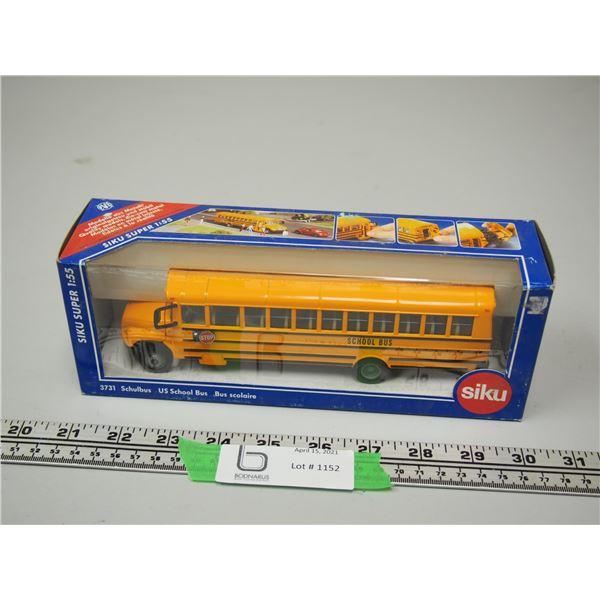 Siku School Bus 1/55 Scale (NIB)