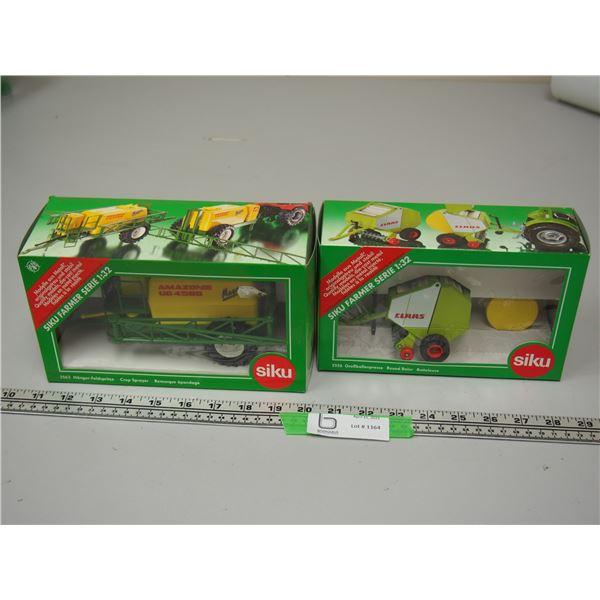 (2X THE MONEY) Siku CLAAS Round Baler 2556 1/42 Scale NIB and Siku 2563 Crop Sprayer 1/32 Scale NIB