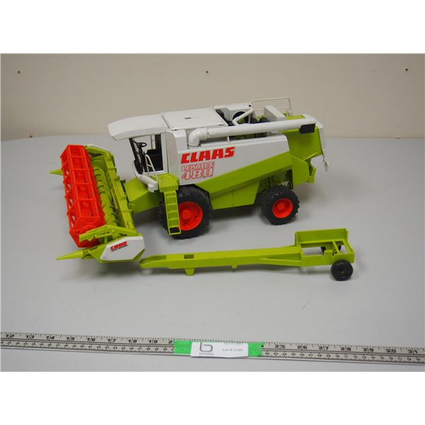 """CLAAS Lexion 480 Combine and Header, Header Transport Trailer Plastic 1/16 Scale 17"""" long by Bruder"""