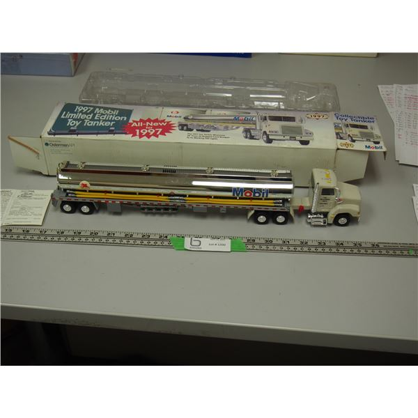 1997 Mobil Limited Edition Toy Tanker 1/43 Scale (NIB)