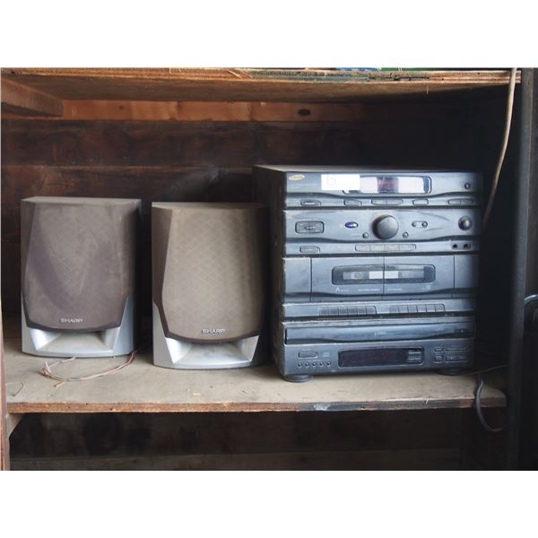 Samsung 5CD Player with Sharp Speakers (Working)