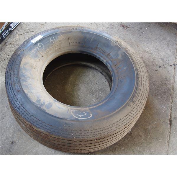 NOS Vredestein H78-14 4 Ply Tires
