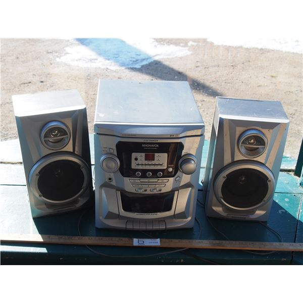 Magnavox 3CD Stereo System (Working)