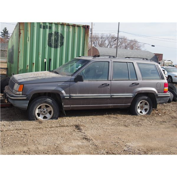 Jeep Grand Cherokee Date of MFR 4-94 for Parts Key