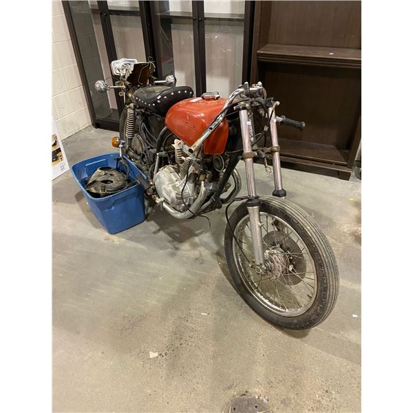 1975 HONDA MOTORCYCLE, RED, *PARTS ONLY NO REGISTRATION, NOT ROADWORTHY* VIN#CB360T2114711