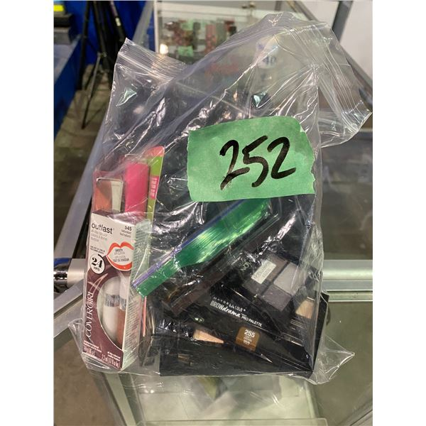 ASSORTED WOMENS MAKE UP