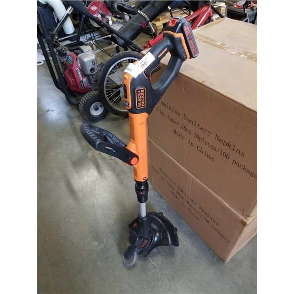 BLACK AND DECKER CORDLESS WEEDEATER WITH BATTERY - NO CHARGER