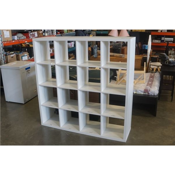 WHITE CUBICAL SHELF 58 INCHES X 58 INCHES