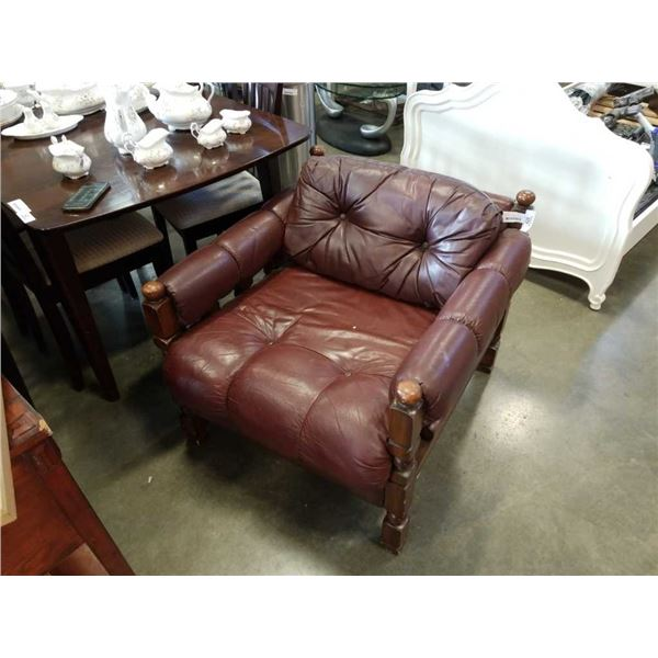 VINTAGE WOOD FRAMED TUFTED LEATHER CHAIR