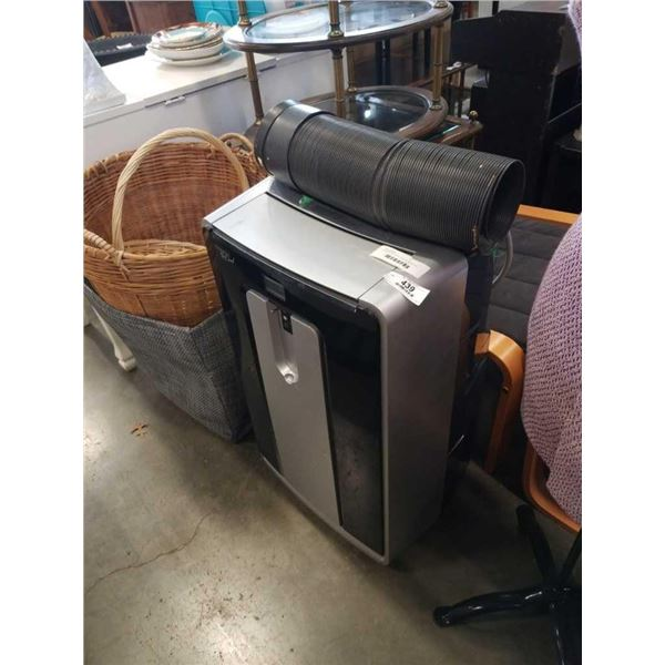 COMMERCIAL COOL 12000 BTU PORTABLE AIR CONDITIONER