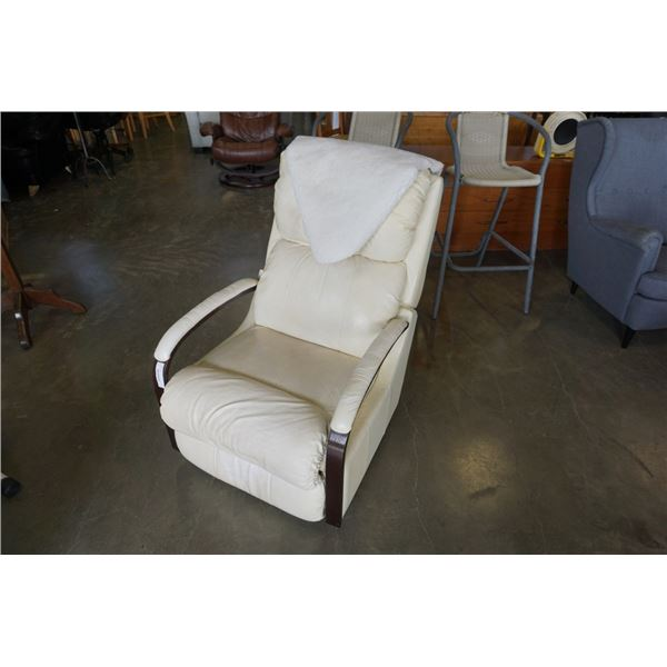 LAZBOY WHITE LEATHER RECLINER