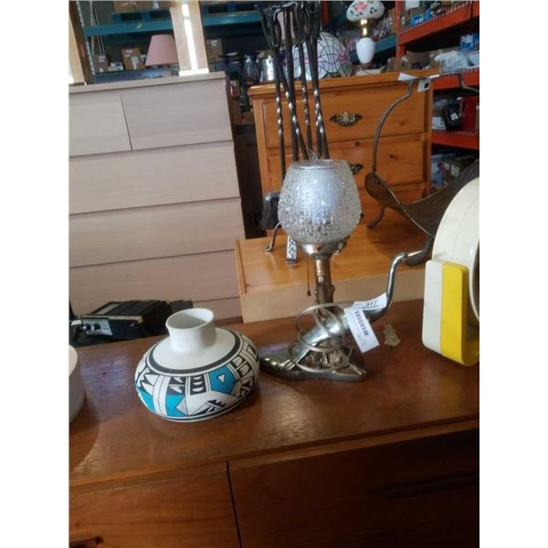 SIGNED AZTEC VASE AND METAL BIRD TABLE LAMP