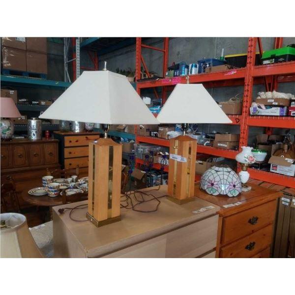 PAIR OF OAK TABLE LAMPS