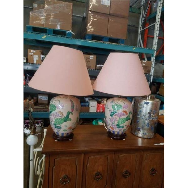 2 hand painted porcelain table lamps
